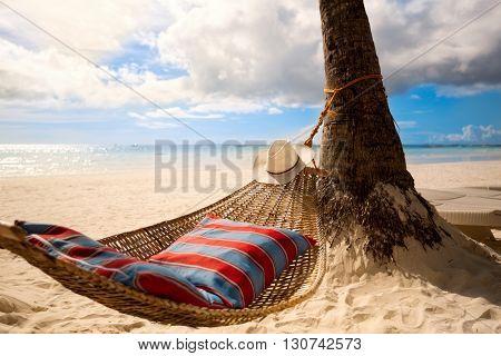 Empty hammock on sun, vacation paradise