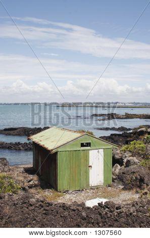Barco Ilha Rangitoto galpão 01