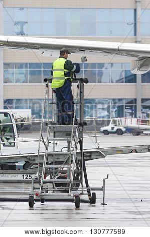Technicians Airfield Refuel The Aircraft.