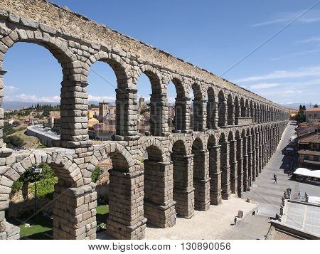 The longest Roman aqueduct preserved in Western Europe. It is the UNESCO World Heritage. Blue sky clouds