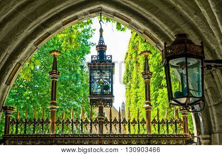 London the entry portal of Westminster abbey cloister