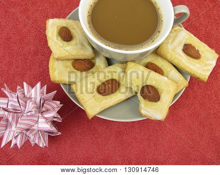 Gingerbread cookies and a cup of coffee
