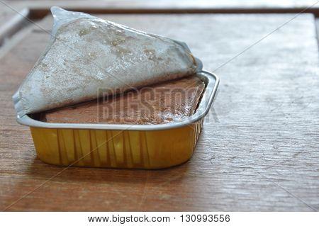 dog premium food grade in aluminium tray