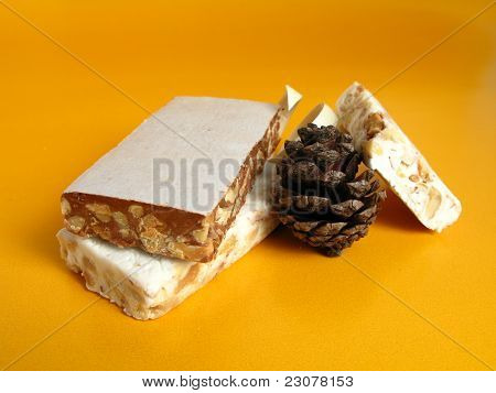 Nougat with a pine cone