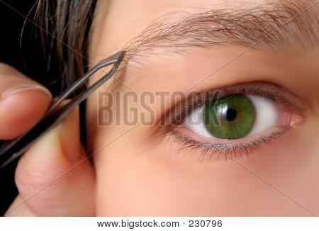Tweezing Brows