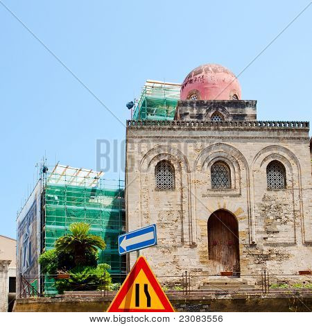 Chiesa Di San Cataldo - Iglesia de estilo árabe normando en Palermo
