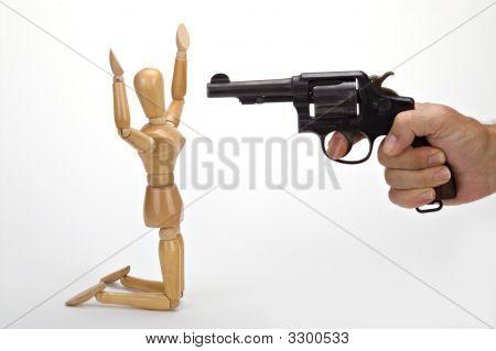 Mannequin Holdup 1 Knees