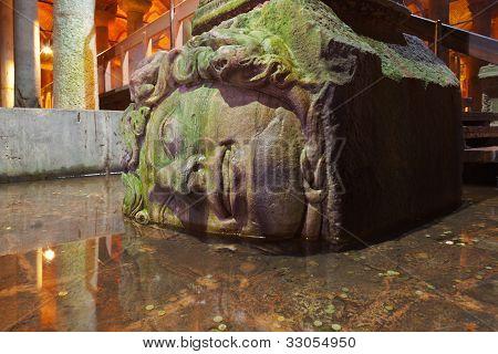 Medusa Head At Underground Water Basilica Cistern - Istanbul