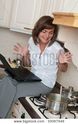 Bussy woman - work at home