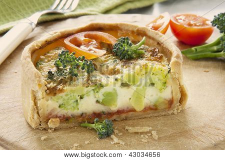 Broccolie & Cheese Quiche