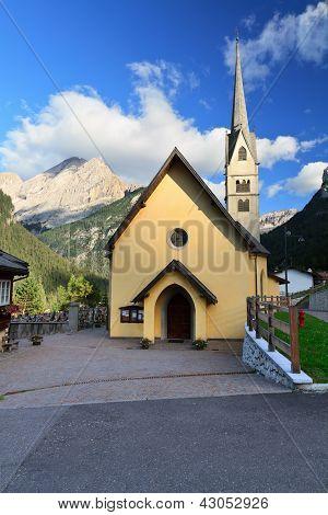 Alba Di Canazei - Small Church