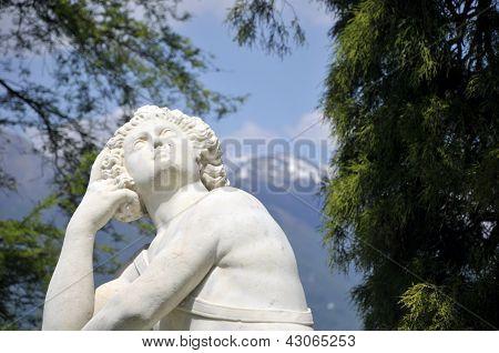 Statue by Lake Como,  Villa Melzi