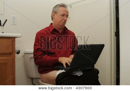 Senior Laptop Toilet