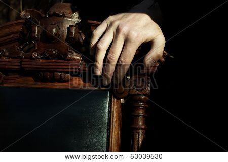 Boss Hand