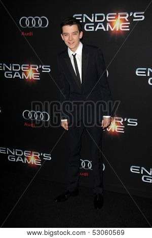 LOS ANGELES - OCT 28:  Asa Butterfield at the