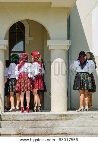 Women in traditional dress from Maramures