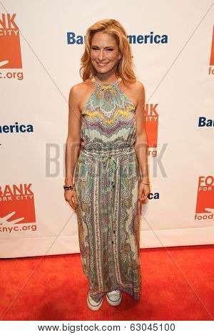 NEW YORK-APR 9: Television personality Cat Greenleaf attends the Food Bank for New York City's Can Do Awards Dinner Gala at Cipriani Wall Street on April 9, 2014 in New York City.