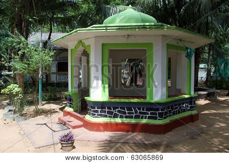 Grave Near Mosque