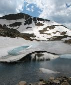 picture of beartooth  - icy mountain lake in the Beartooth Mountains of Montana - JPG