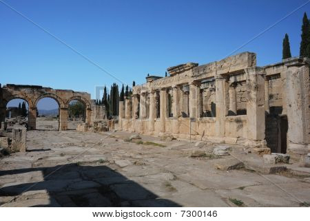 Frontinus Stree In Ancient Hierapolis