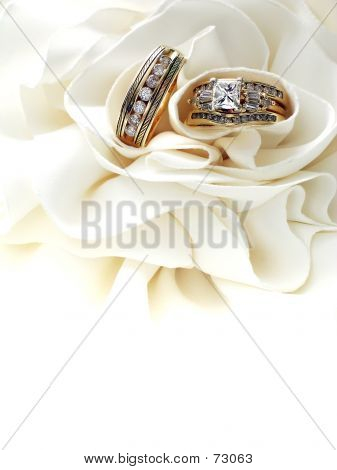 DiamondWeddingRings