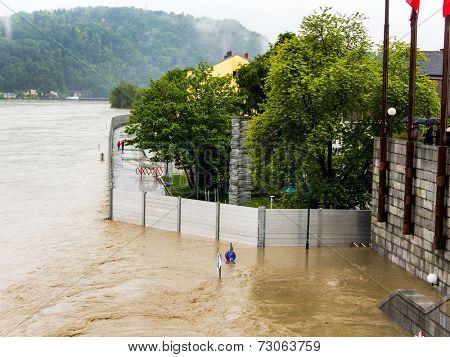 flood 2013 linz, austria. overflows and flooding