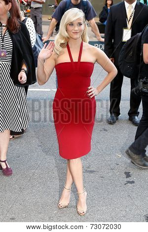 NEW YORK-SEP 26: Actress Resse Witherspoon attends the world premiere of