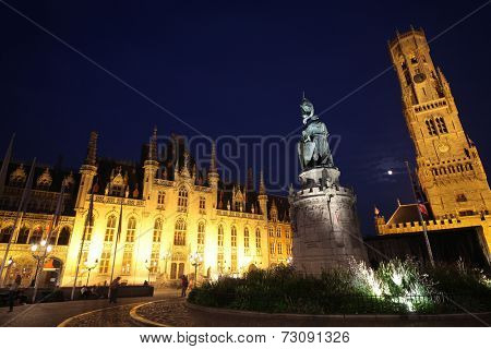 Night time in Grote Markt, the city center of Brugges, Belgium