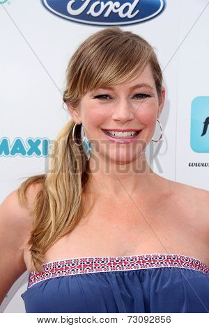 LOS ANGELES - SEP 28:  Meredith Monroe at the 3rd Annual Red CARpet Safety at Skirball Center on September 28, 2014 in Los Angeles, CA