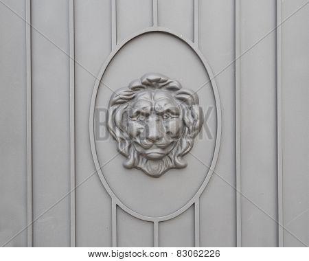 Lion head door decoration close-up