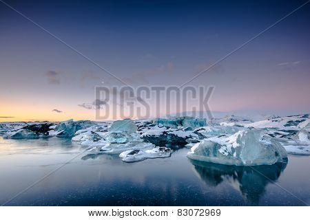 Icebergs floating in Jokulsarlon glacier