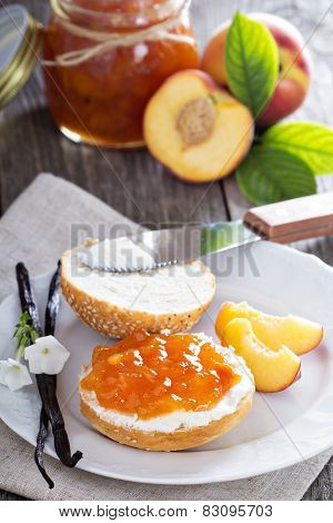 Bread with cream cheese and peach jam