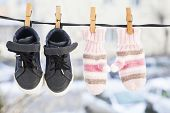 pic of clotheslines  - Baby clothes - JPG