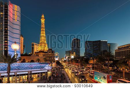 LAS VEGAS, NV - MARC 26: World famous Vegas Strip in Las Vegas, NV at night on March 26, 2015