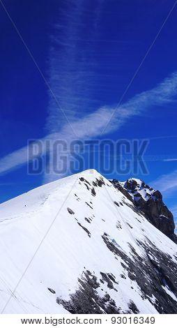 Titlis Snow Mountains Peak Vertical