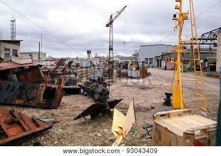 Shipyard Abandoned