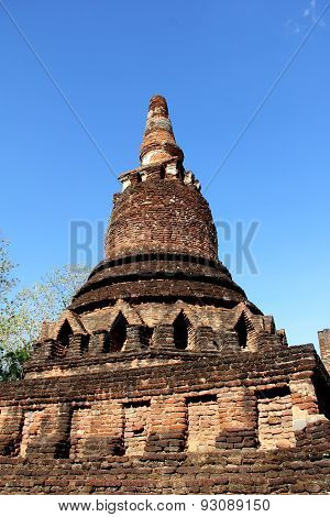 Blue Sky Ancient  Temple Wat In Kamphaeng Phet