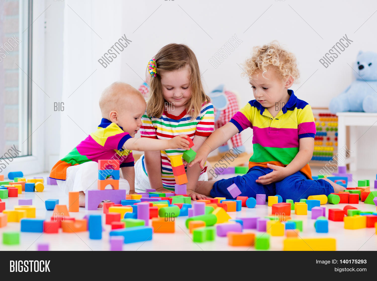 preschool children playing together 43524 timehd