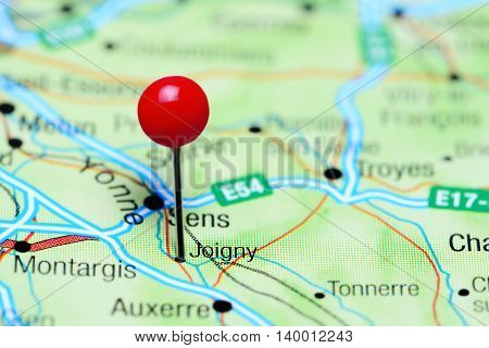 Joigny pinned on a map of France