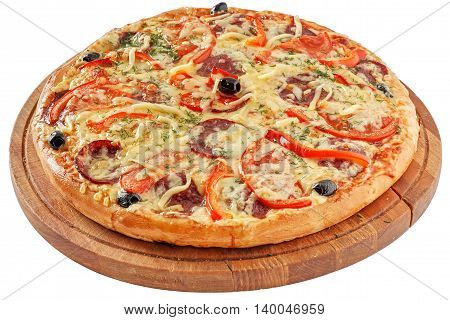 Pizza with pepperoni, mozzarella, peppers and tomatoes