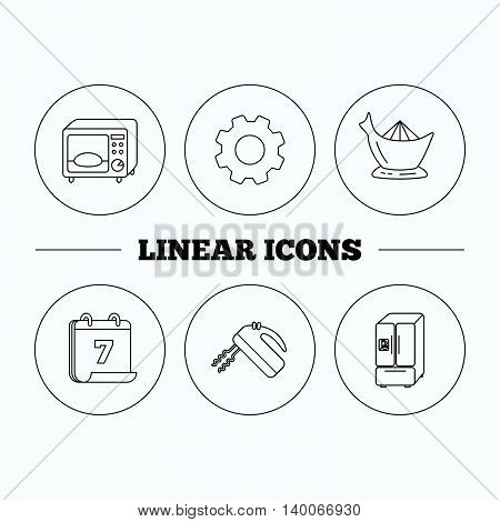 Microwave oven, American style fridge and blender icons. Juicer linear sign. Flat cogwheel and calendar symbols. Linear icons in circle buttons. Vector