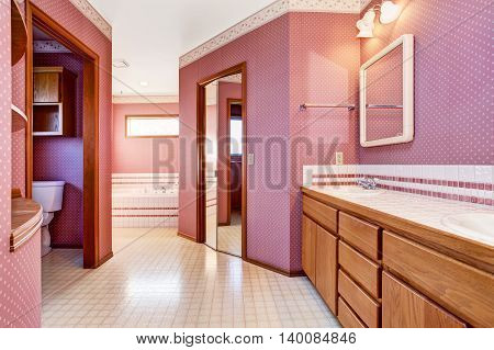 Luxury Pink Bathroom Interior Design.