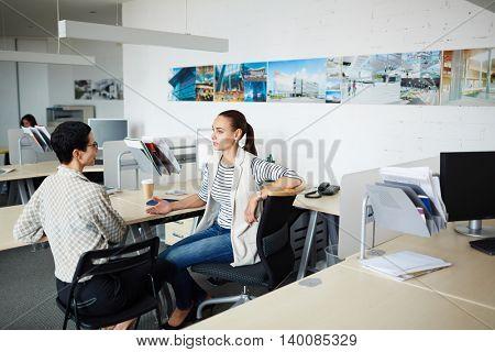 Conversation of businesswomen