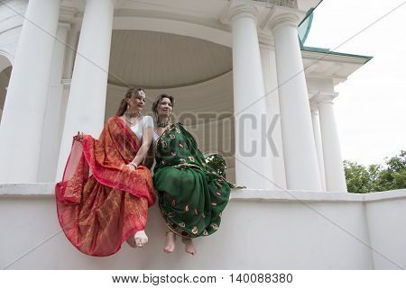 Girl In Indian Saree Is Near Palace