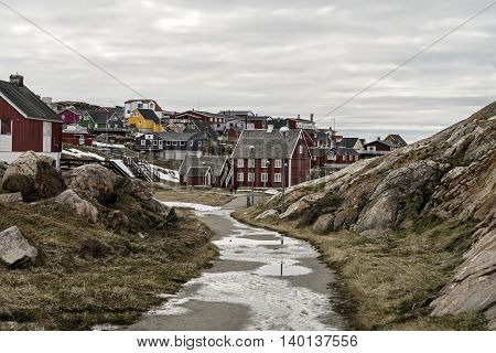 glaciers and traditional life to Ilulissat in Greenland