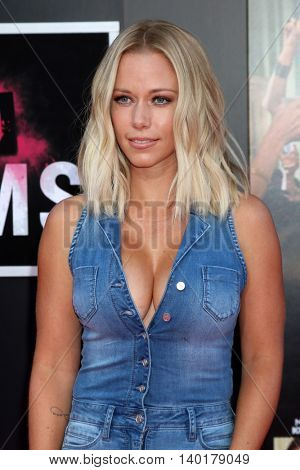 LOS ANGELES - JUL 26:  Kendra Wilkinson at the