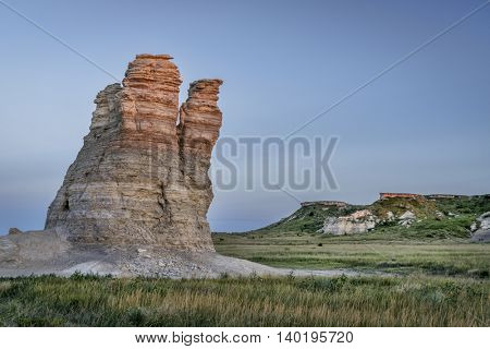Castle Rock - limestone pillar landmark in prairie of western Kansas near Quinter (Gove County) , summer dusk scenery