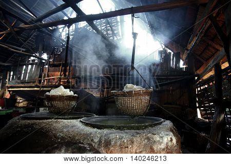 Boiling Rock Salt