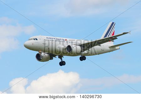 SAINT PETERSBURG, RUSSIA - MAY 17, 2016: Airbus A319-111 (F-GRXF) Air France landing in Pulkovo airport