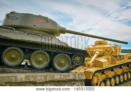 Soviet Tank Beats German One on the Battlefield